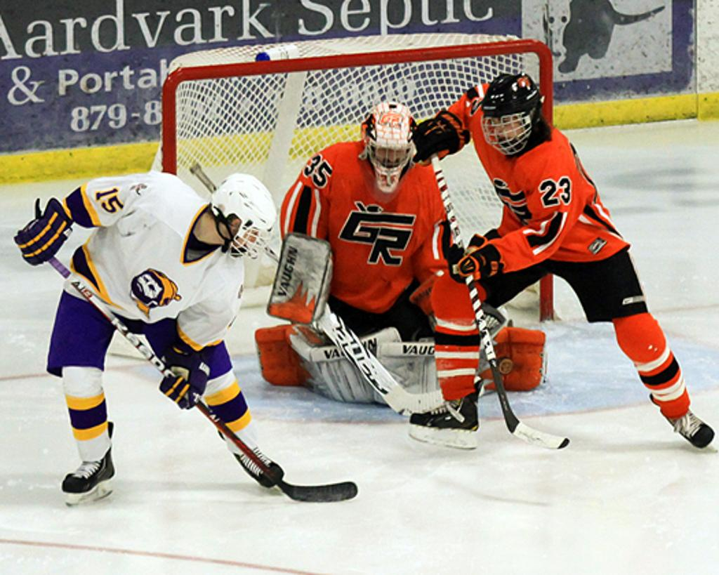 MN H.S.: Cloquet/Esko/Carlton Rallies To Earn Tie Against Grand Rapids In Key 7AA Matchup